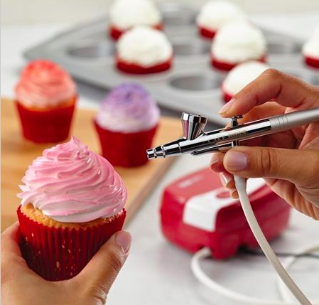 Win cake boss airbrush kit food product review and for Airbrush for cake decoration
