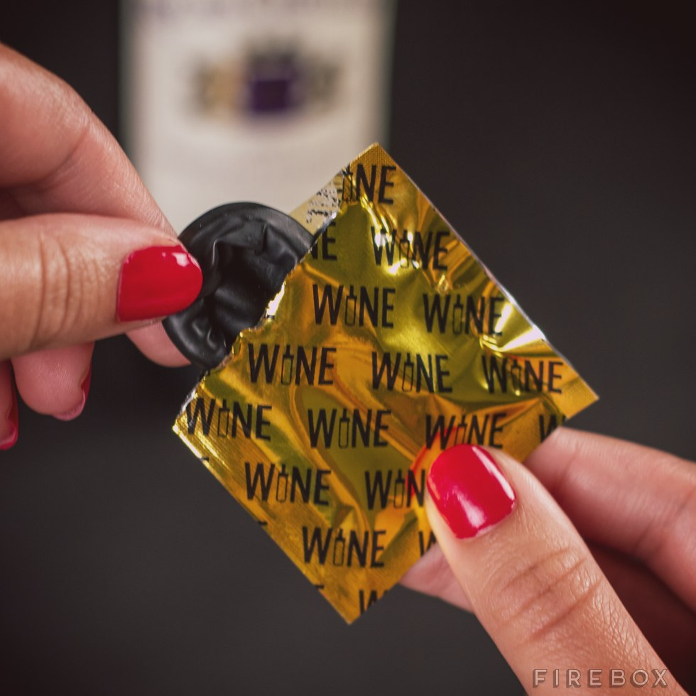 Hilarious Hostess Gift: The Wine Condom
