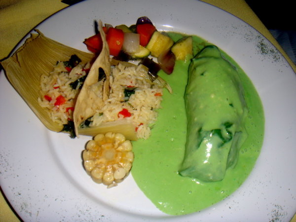 Food and restaurant reviews yaxche playa del carmen for Ancient mayan cuisine